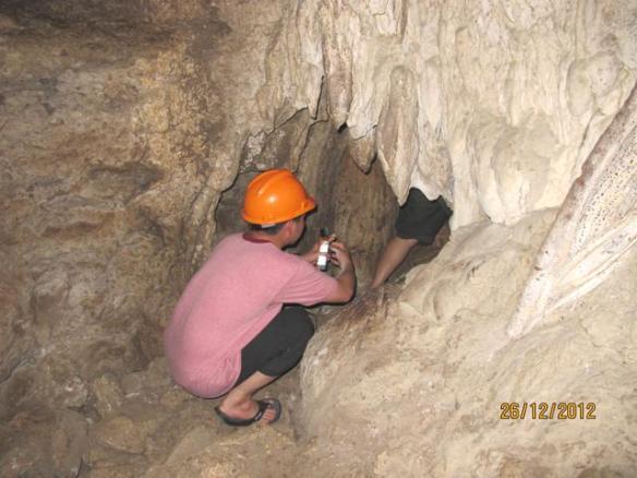 Goa Batu Cermin Labuan Bajo 9