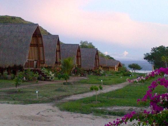 Komodo Resort - Pulau Sebayur