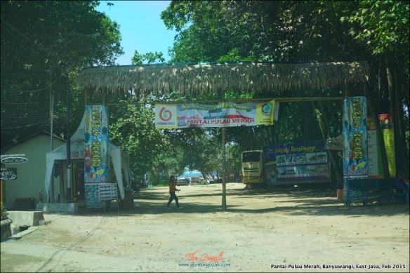 Pantai Pulau Merah 3
